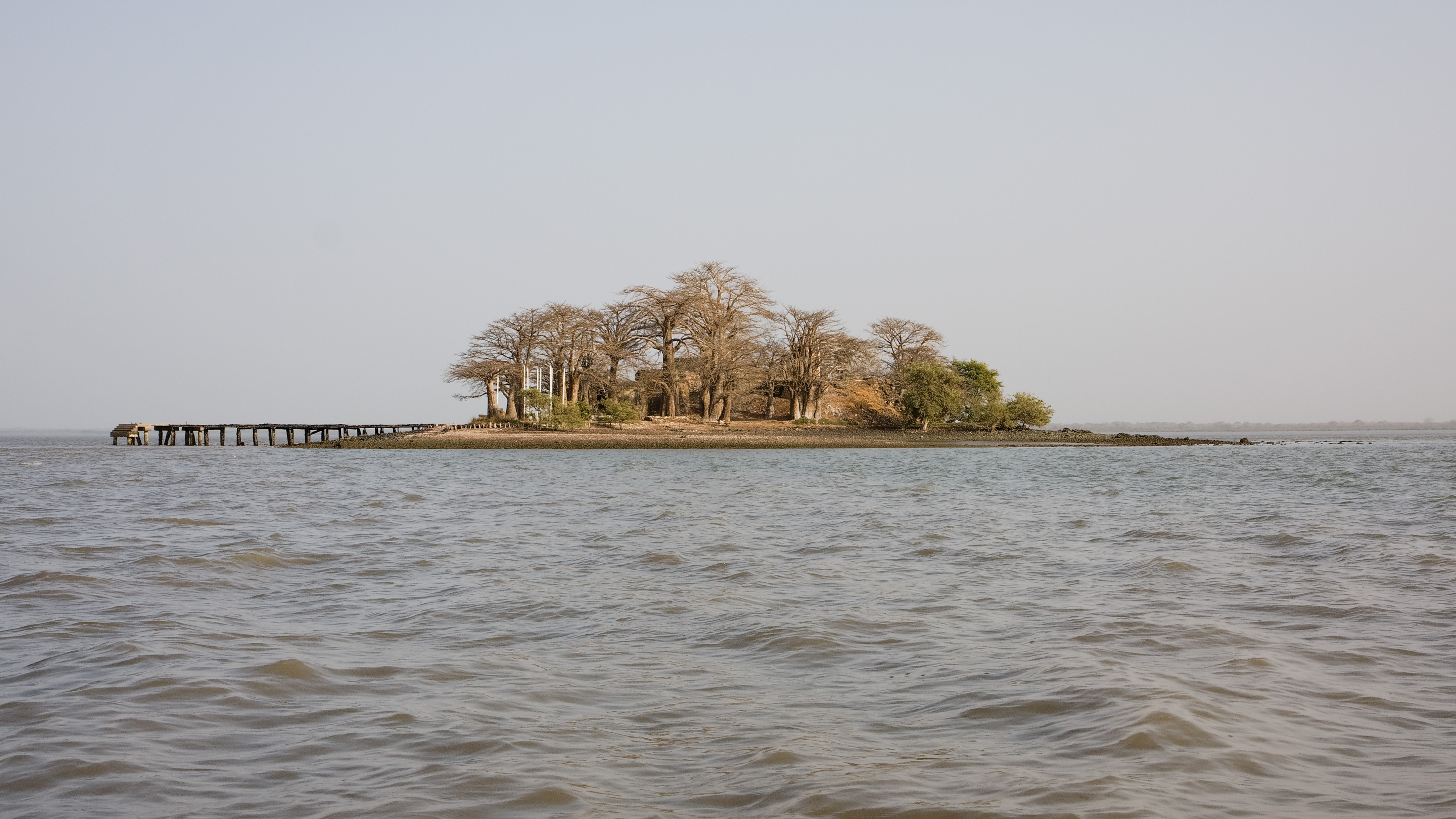 Photo © Ikiwaner / Wikimedia | Kunta Kinteh Island (formerly James Island)