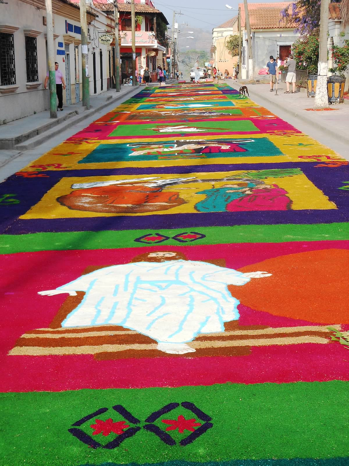 Photo © Jody Paterson | Easter Rug Festival, Honduras