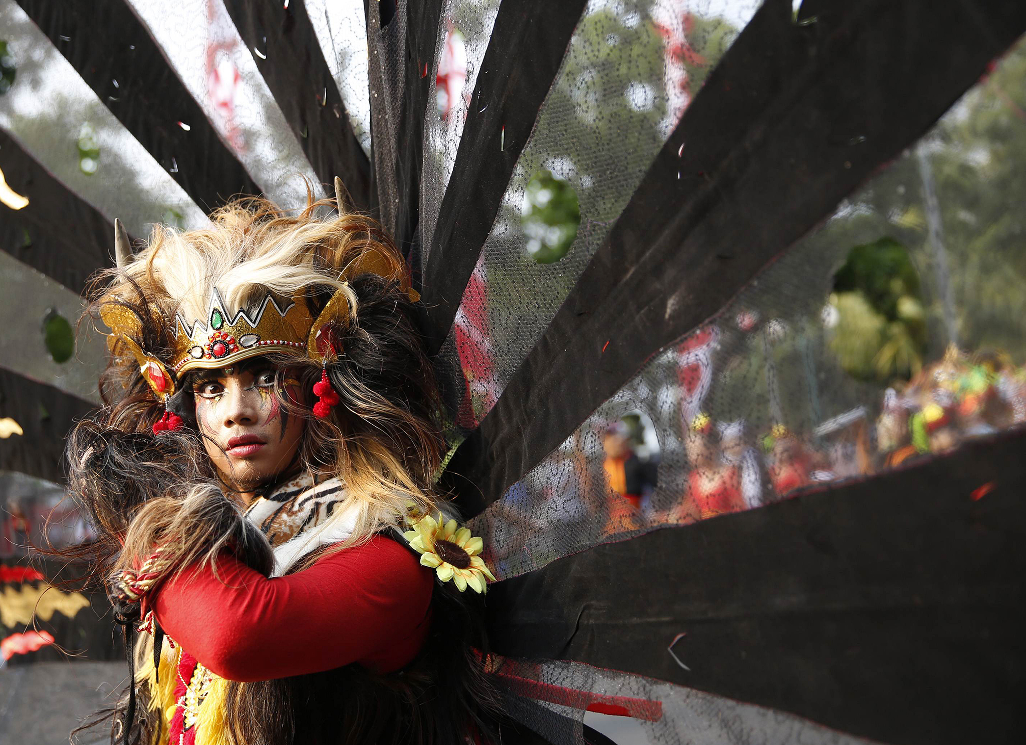 Photo © Darren Whiteside / Reuters | Indonesian Dancer