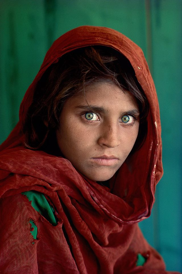 Afghan Girl by Steve McCurry (1984)