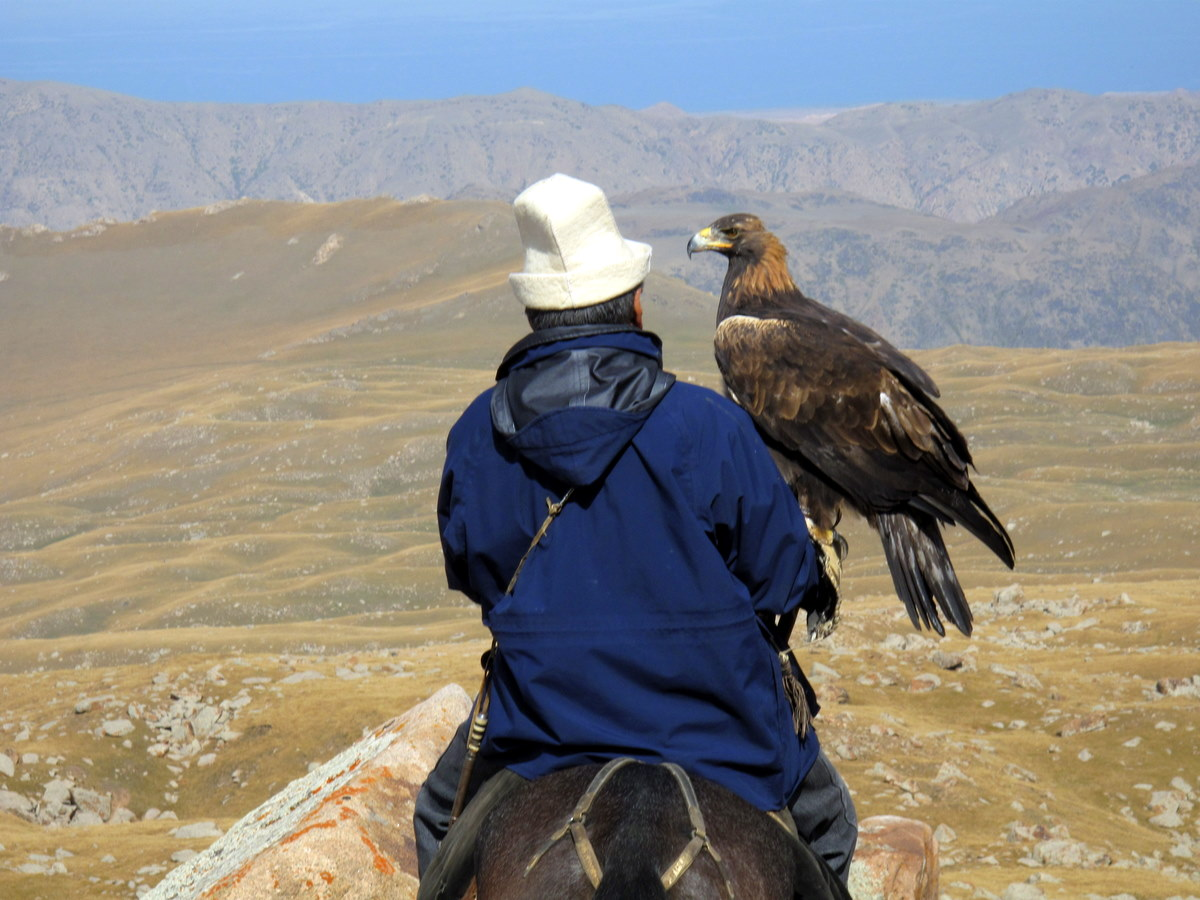 Photo © Peretz Partensky | Kyrgyzstan - Hunting with an Eagle
