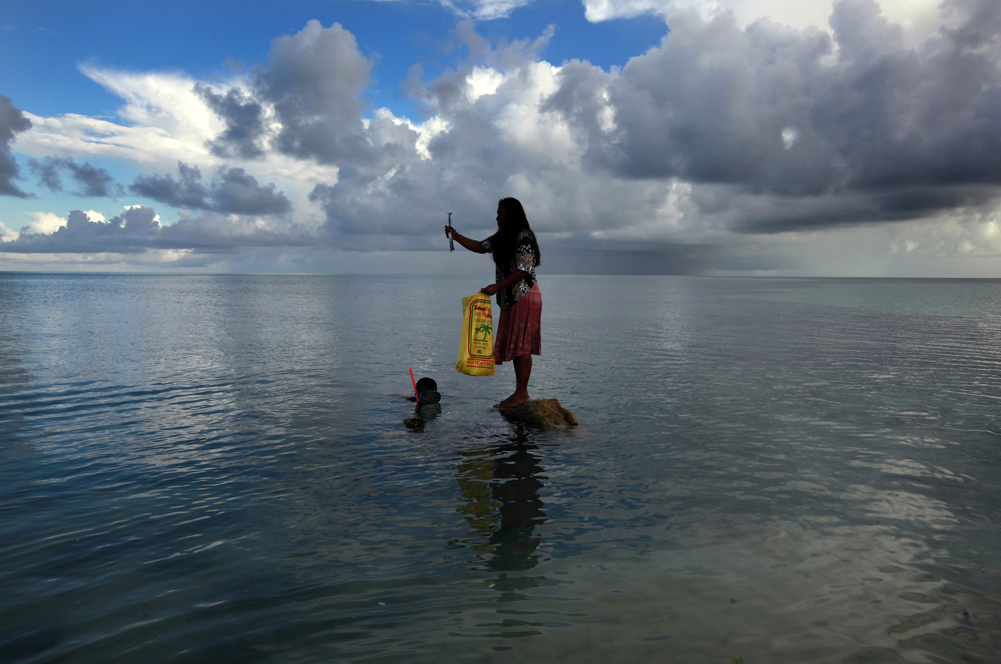 Photo © David Gray/Reuters | Kiribati